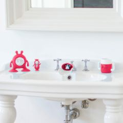 EYEFAMILY™ Bathroom Set Flashbulb Fuschia